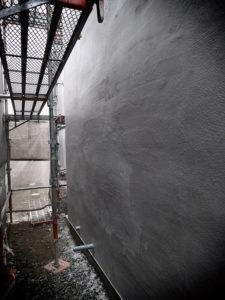 現場定例 外壁通気工法用のモルタル下地を確認してきました