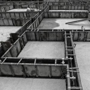 木造建築物の基礎と土台を繋ぐ構造金物の設置確認検査を実施しました